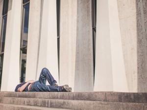 10 Ursachen für Müdigkeit und Schlafprobleme